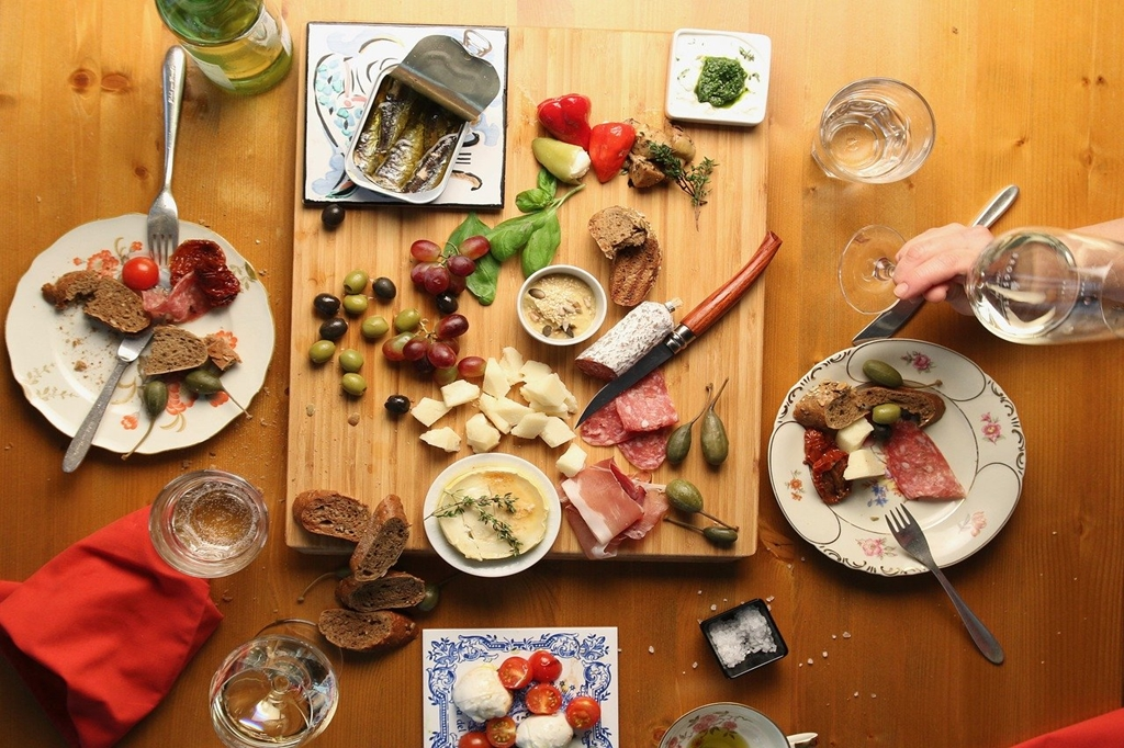 Best reasons to visit Spain: gastronomy, food and tapas