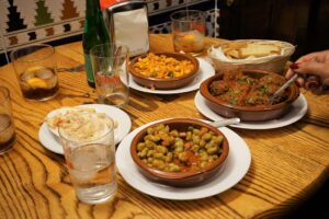 Traditional tapas and wine tour