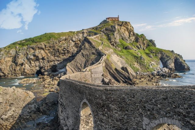 view of San Juan de Gaztelugatze, scenery for GOT in the Basque Country during our 15 days northern spain roadtrip itinerary